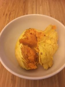 geschälte, gegarte Süßkartoffel